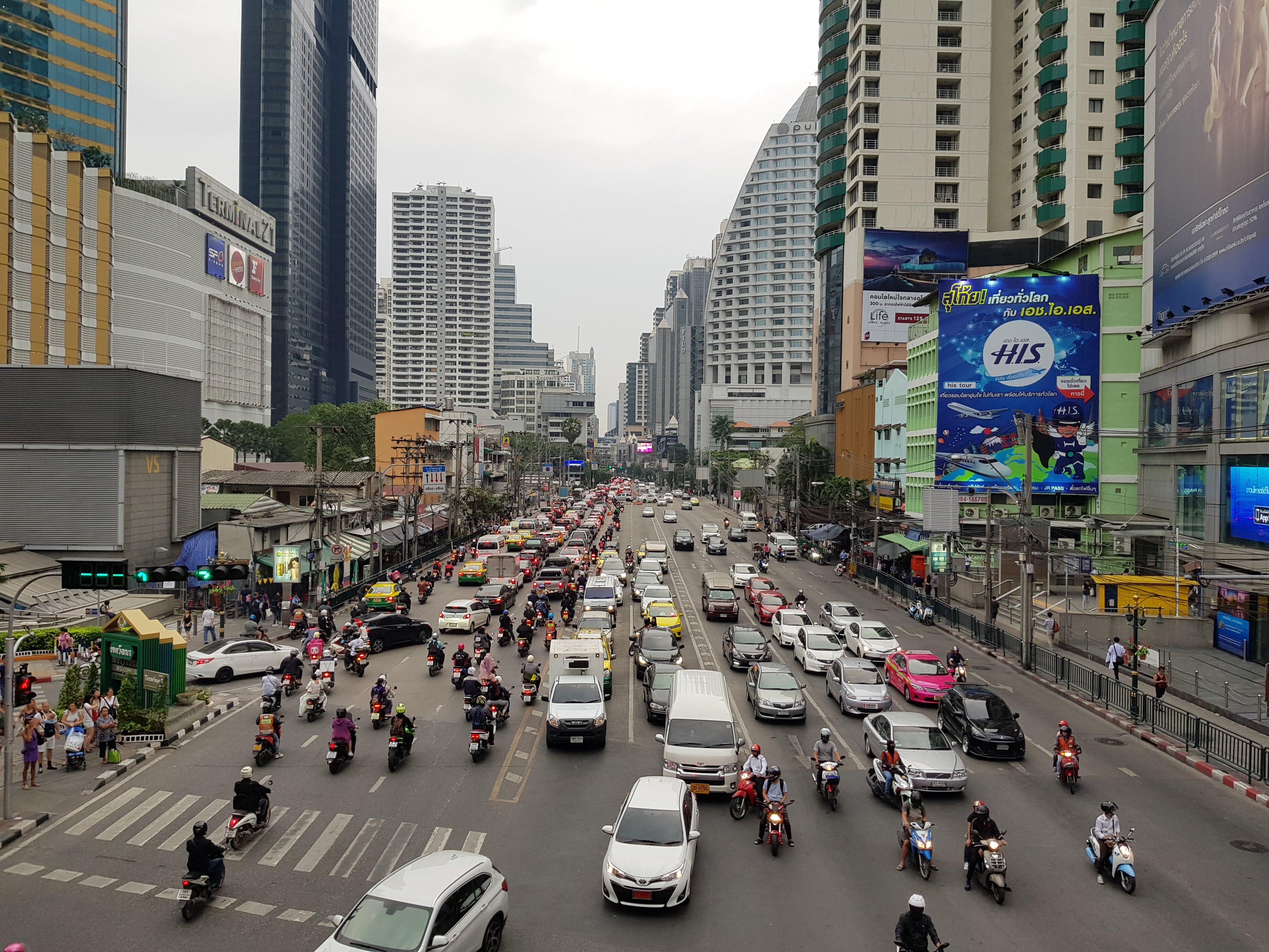 Ep 03: Scotties Walkies, Bangkok-style